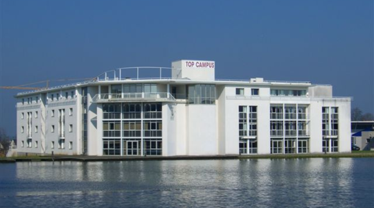 Le Lac Top Campus
